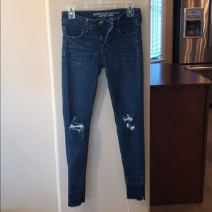 Distressed American Eagle Super Stretch Jeans